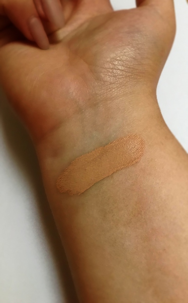 maybelline-superstay-foundation-swatch