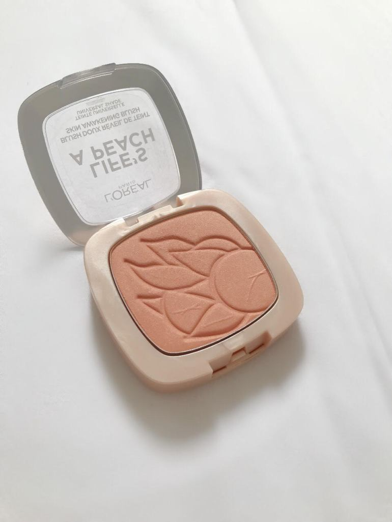 loreal-paris-lifes-a-peach-pan